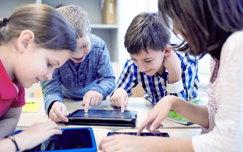 Confira exemplos de como inserir a tecnologia na escola