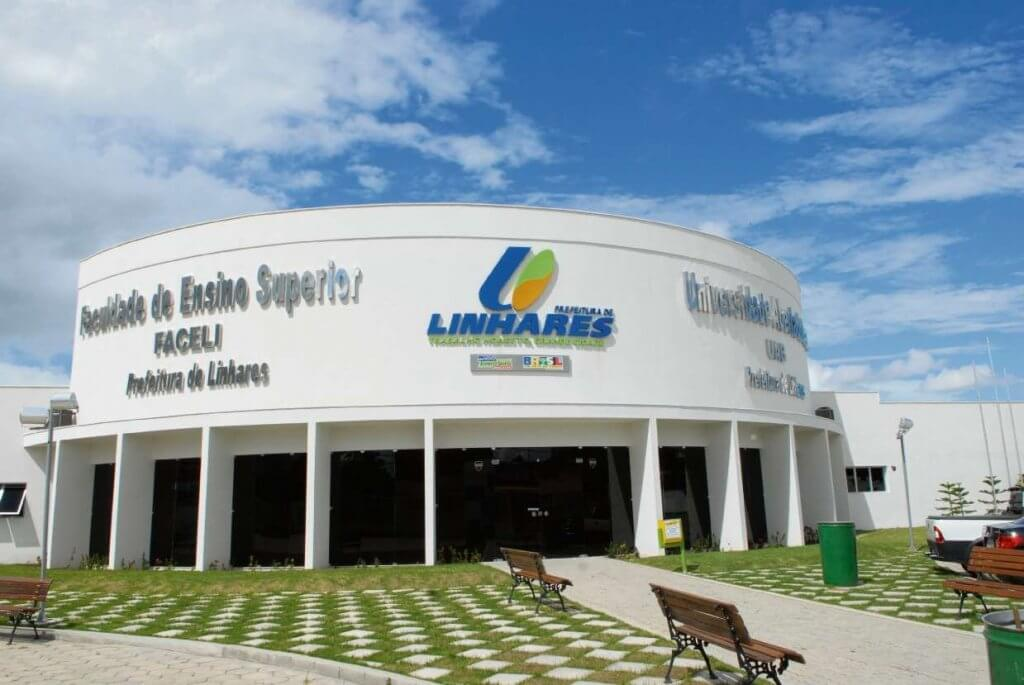 Faculdade pública de Linhares lança edital de vestibular com 300 vagas