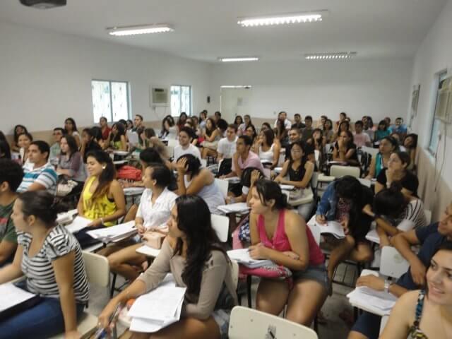 UECEVest abre inscrições para cursinho pré-universitário