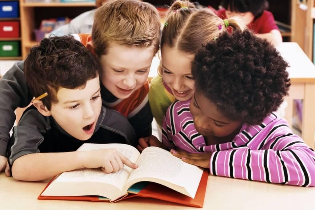 Crianças Alemãs continuam fãs de livros e revistas