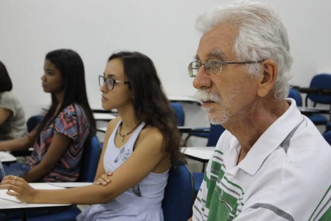 Aumenta quantidade de estudantes de faculdades com mais de 50 anos
