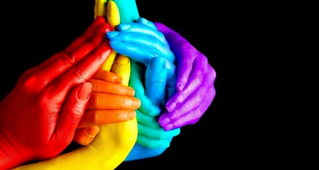 Escócia terá programa inédito de combate à homofobia nas escolas