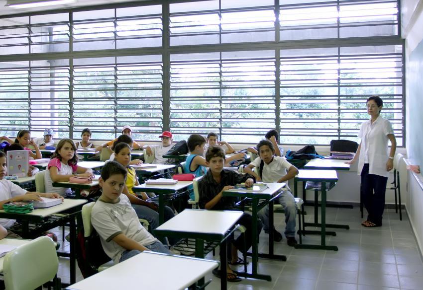 Desempenho de alunos da rede estadual de SP ainda está longe da meta