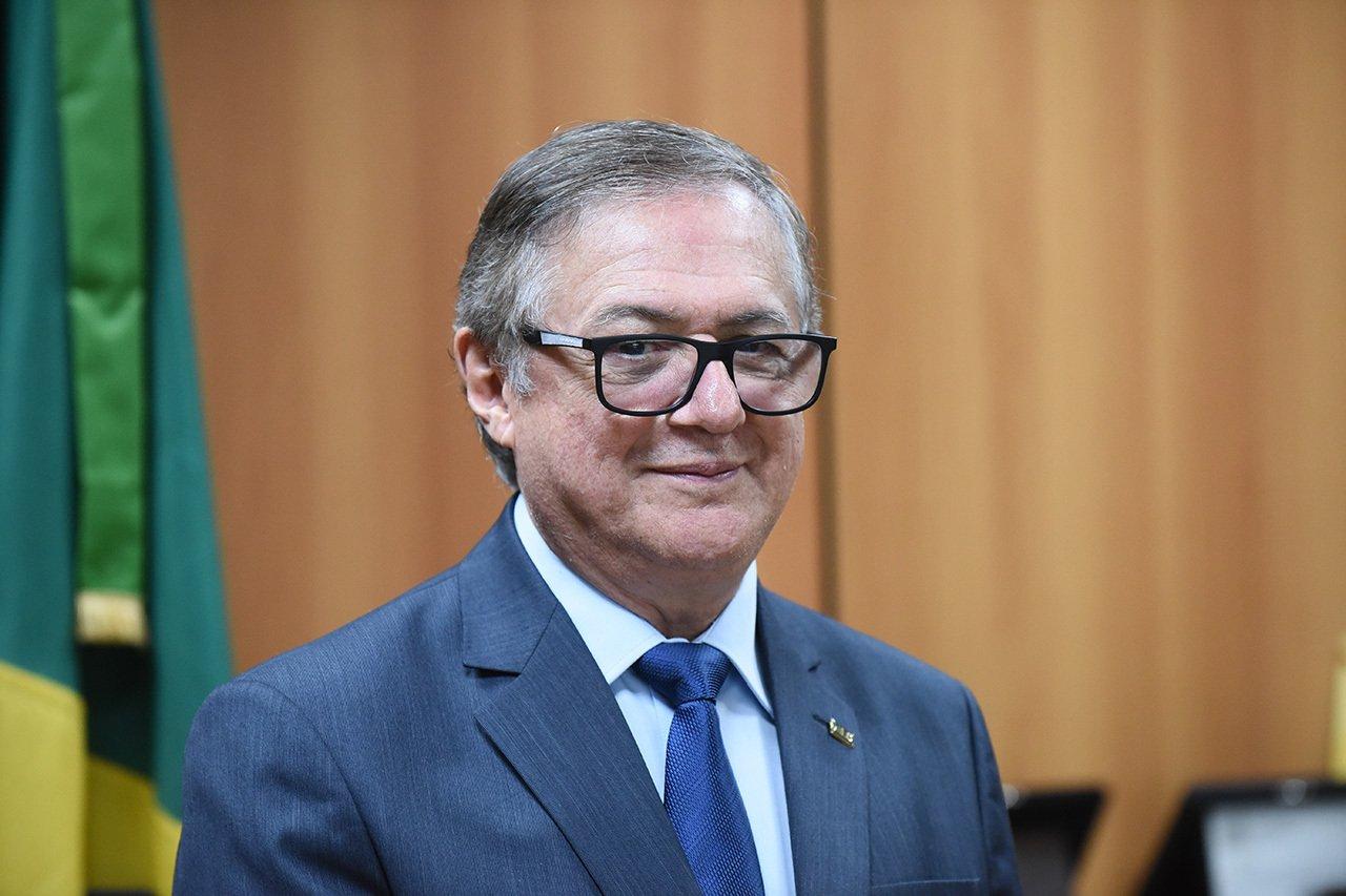 Ministro afirma que Universidade públicas não serão privatizadas