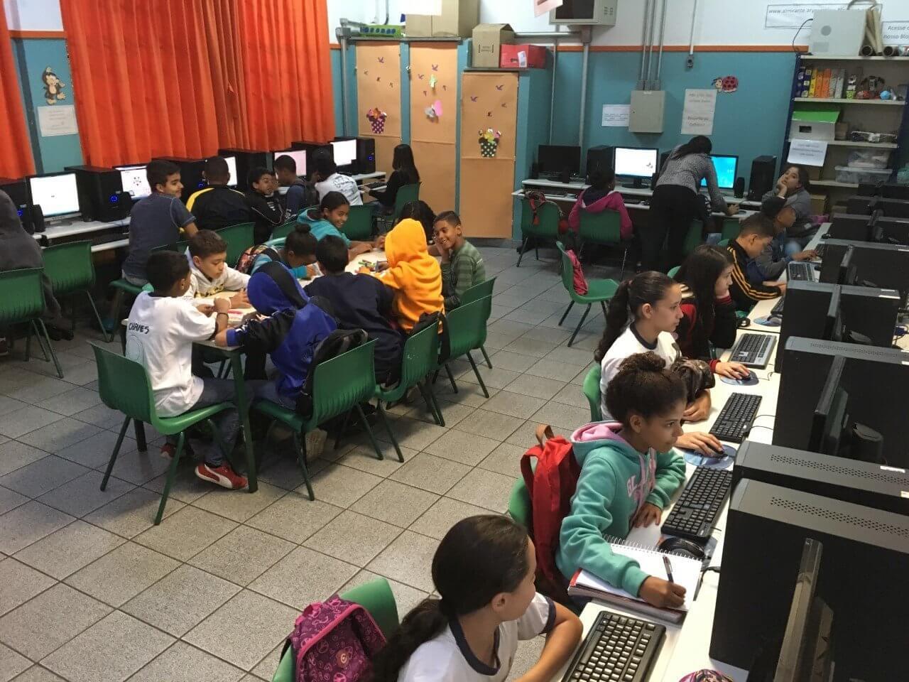 Pesquisa aponta baixa velocidade de conexão nas escolas públicas