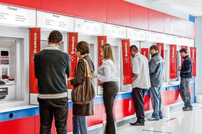 Bradesco abre programa de estágio com bolsa de até R$ 3 mil