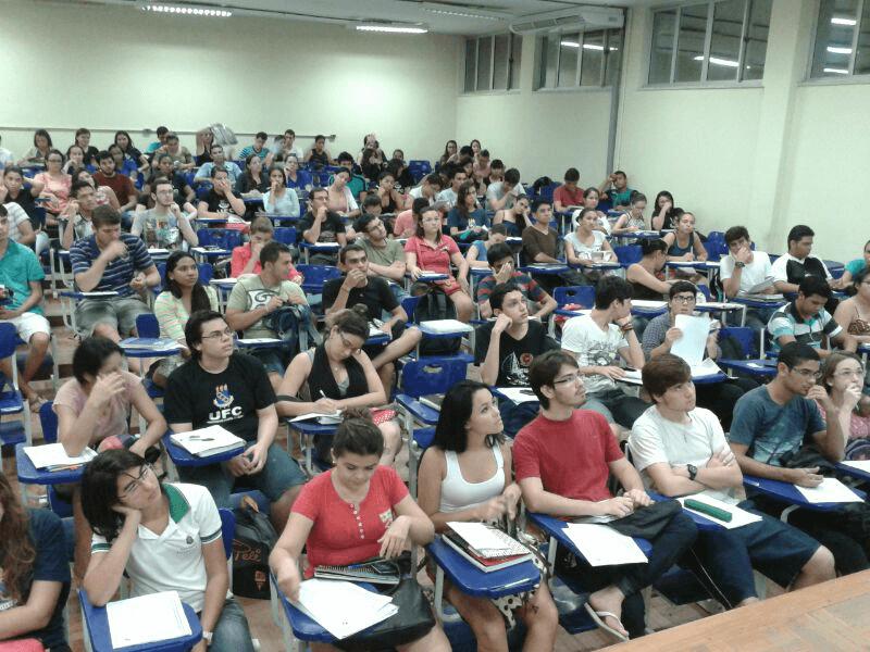 Cursinhos preparatórios para Enem e Vestibular abrem inscrições em Fortaleza