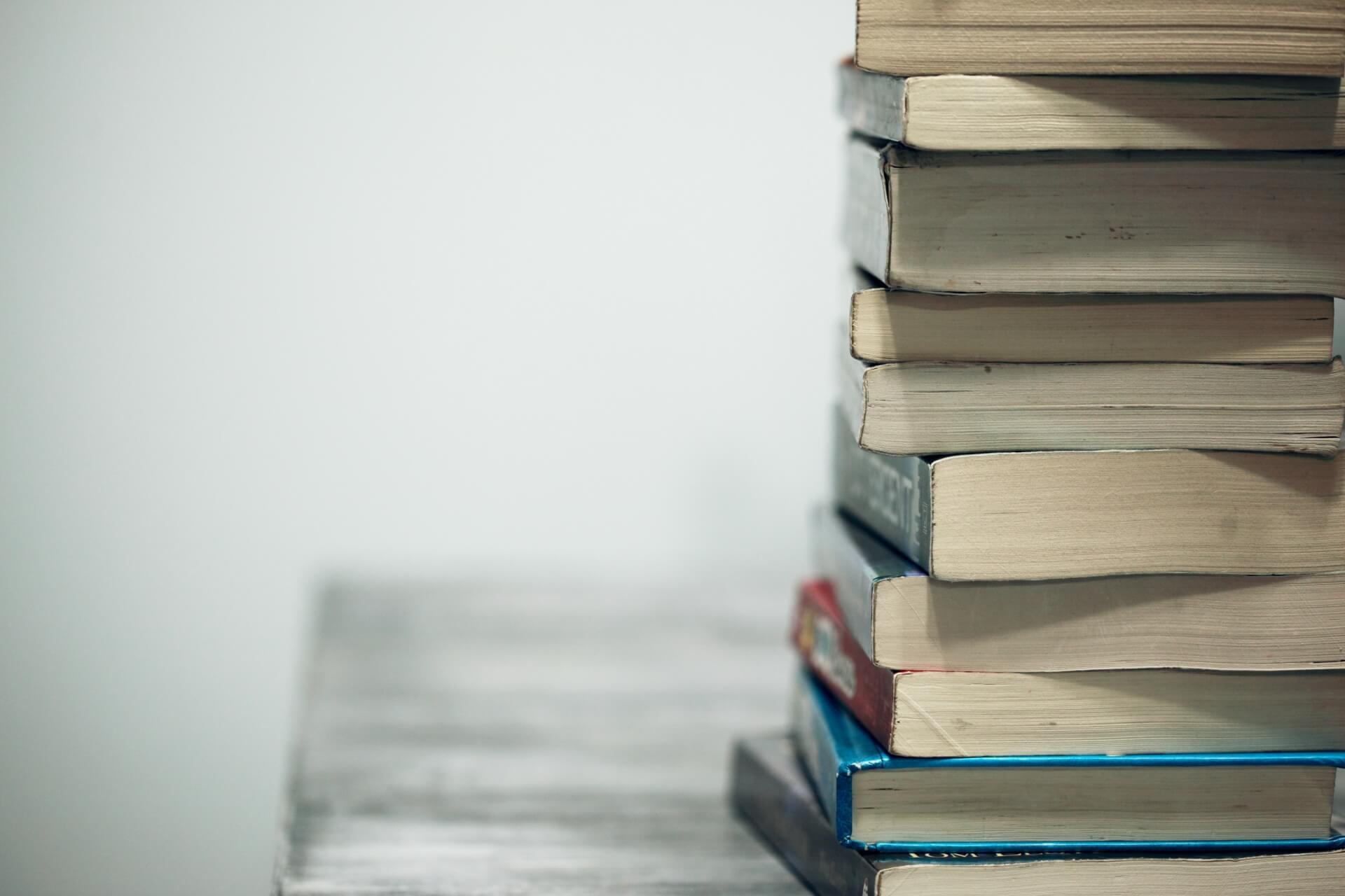 George R. R. Martin oferece bolsa para curso de escrita nos EUA