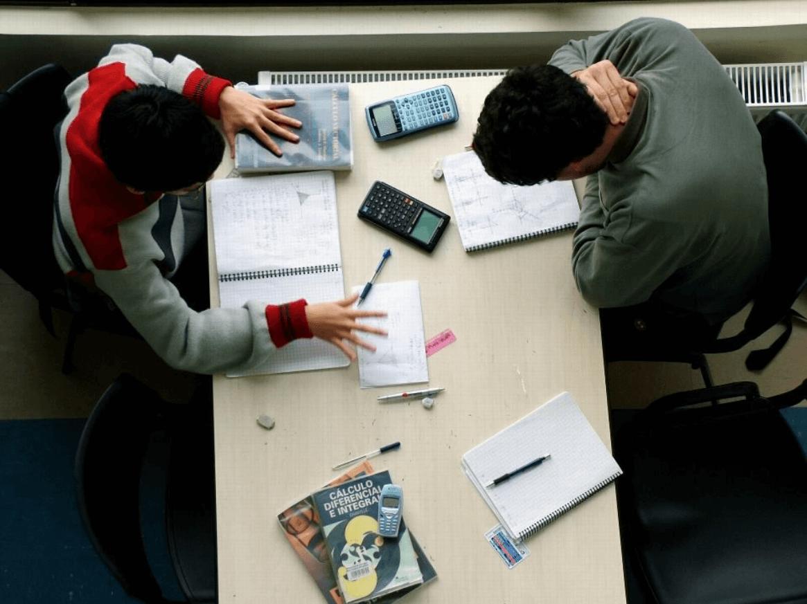 Confira algumas dicas para conciliar estudos e lazer