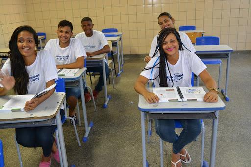Bahia oferece cursinho gratuito com 12 mil vagas