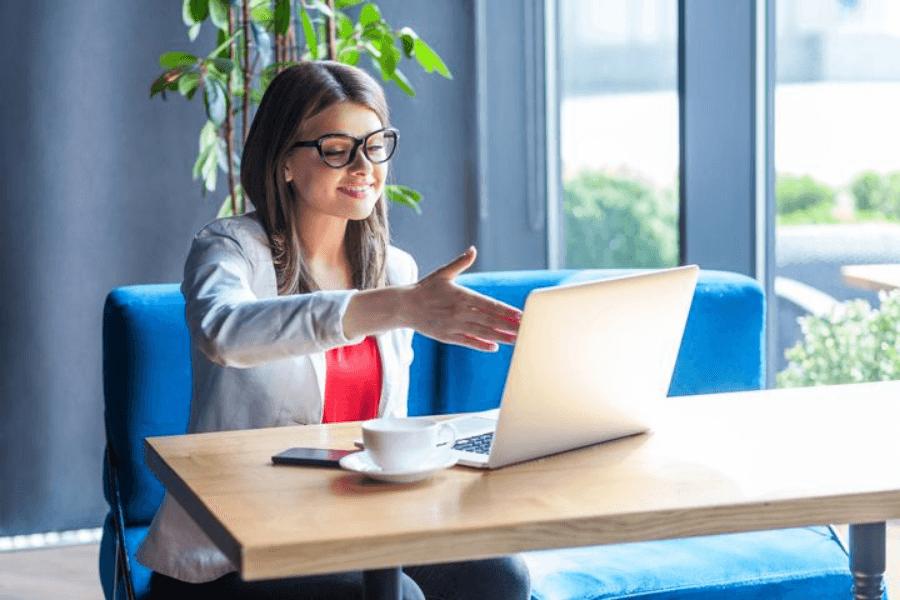 Entrevistas virtuais: confira dicas para se dar bem