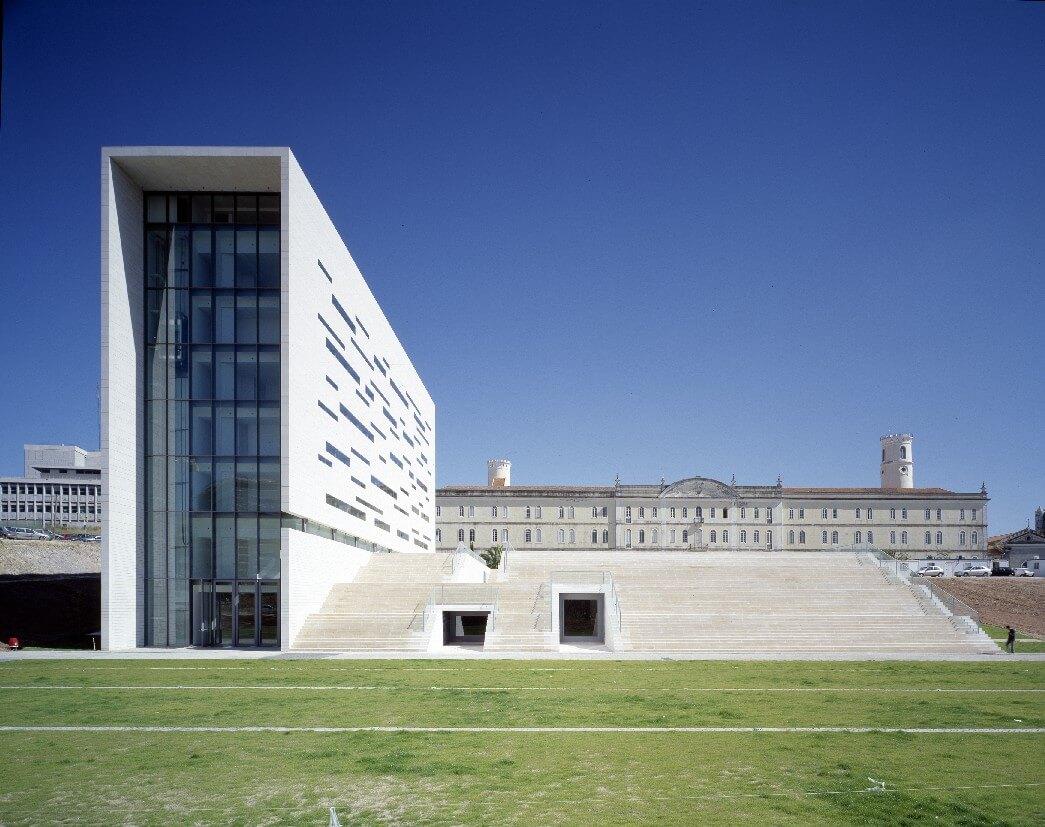 Enem passará a ser aceito em 51 instituições de Portugal