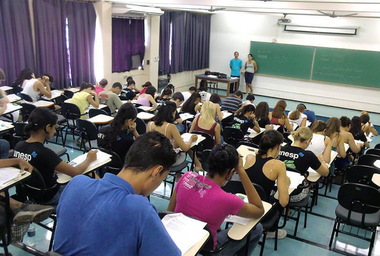 Cursinho Pré-Enem do Espírito Santo 2021 abre 3 mil vagas