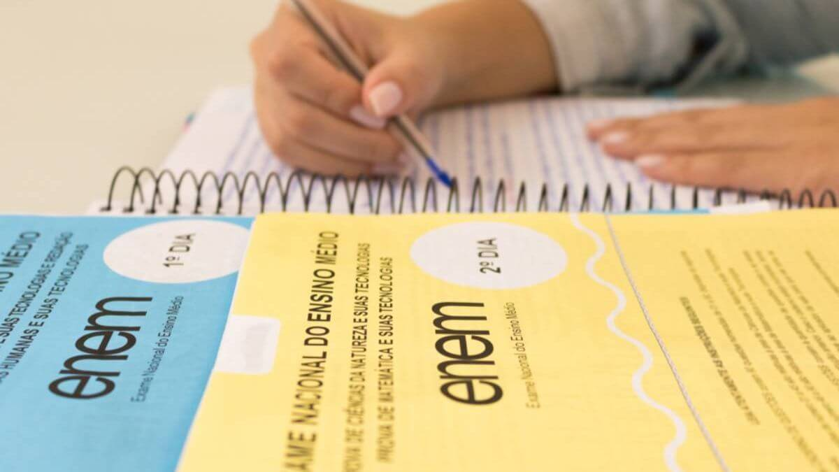 INEP anuncia abertura de inscrições para isenção de taxa do Enem 2021